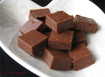 Chocolate and Honey Fudge