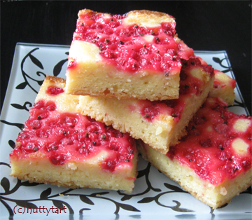 Redcurrant blondies